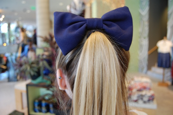american apparel navy hair bow clip
