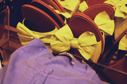 yellow bow sandals