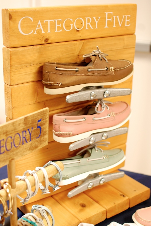 Category 5 Women's Pink & Green Boat Shoes
