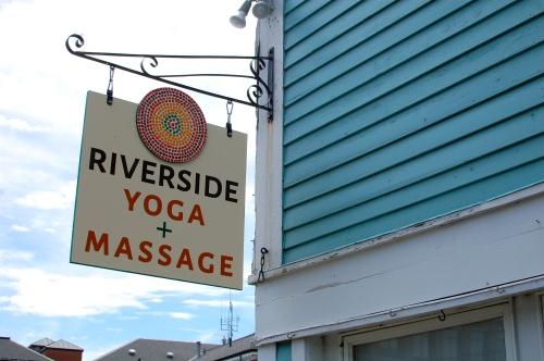 Riverside Yoga Review