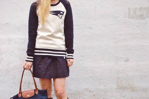 Vintage Patriots Football Sweater