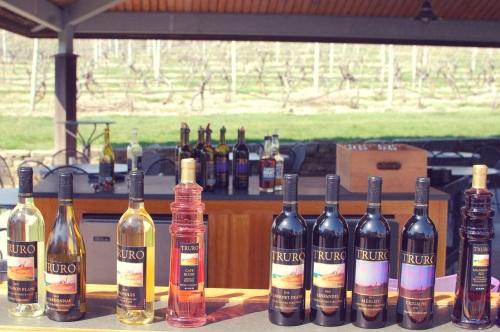 Truro Vineyard Hours